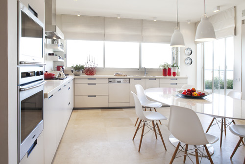 Photograper - Aviad Bar Ness, Architect - karen goor modern kitchen