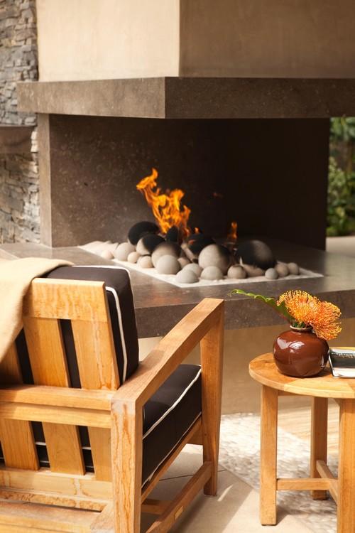Huntington Beach contemporary patio