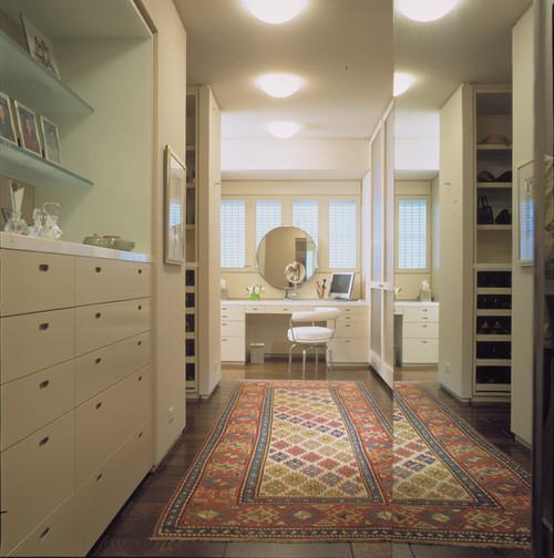 highland park contemporary closet
