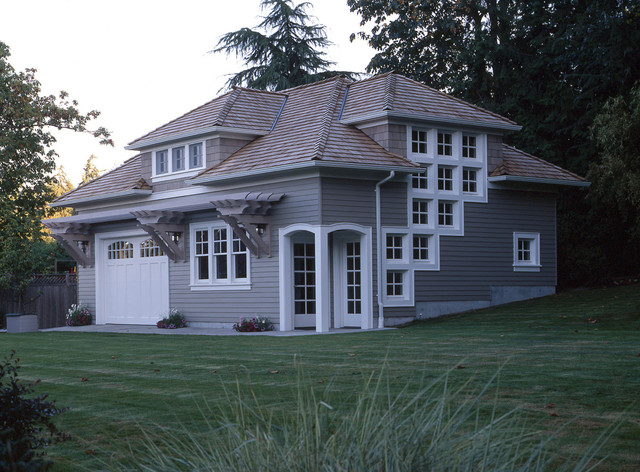 traditional exterior by Goforth Gill Architects