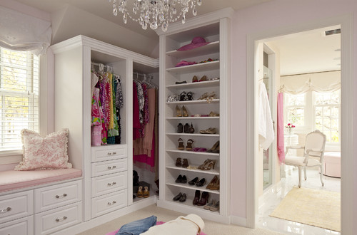 Shabby Chic Your Heart Out traditional closet