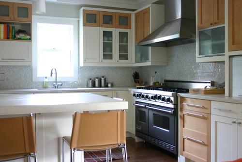 modern kitchen by Rebekah Zaveloff