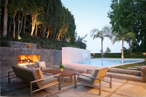 FCB:Design (Markus Canter) Project: Savona Road, Bel Air, CA 90077 modern patio
