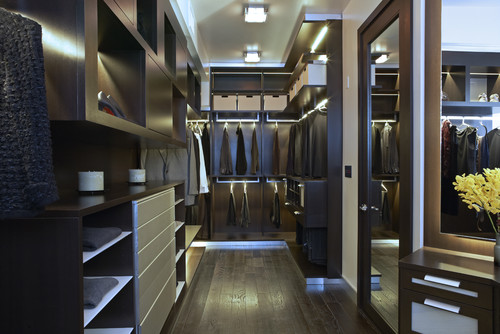The Boutique Closet contemporary closet
