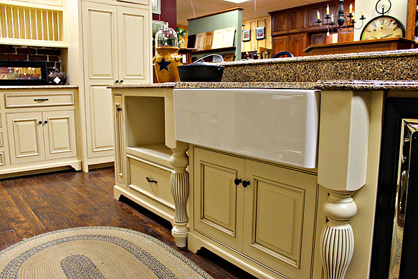 Maple Amish Sink Base With Country Sink Farmhouse