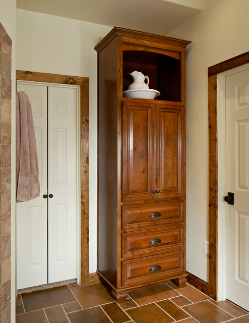 23 Model Bathroom Storage Houzz