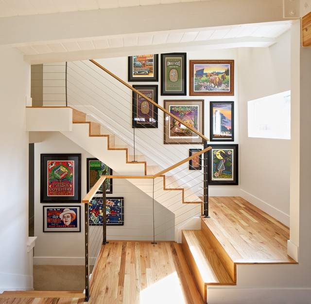 MID-CENTURY MODERN RESIDENCE modern-staircase