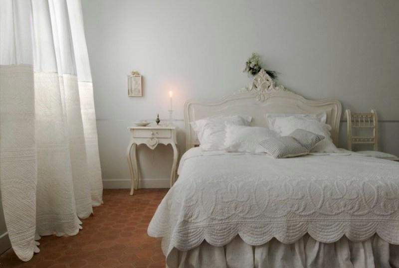 sypialnia wstylu prowansalskim