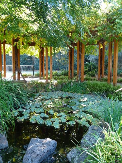 Wisteria Pergola And Ponds Traditional Landscape