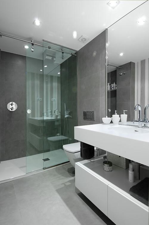 RoyaumeStyleDeco; salle de bain en gris et blanc