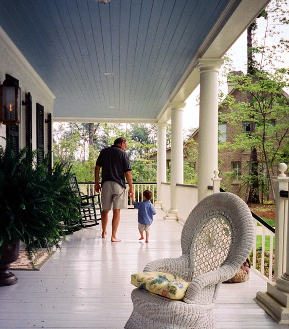 Acadian Home traditional porch