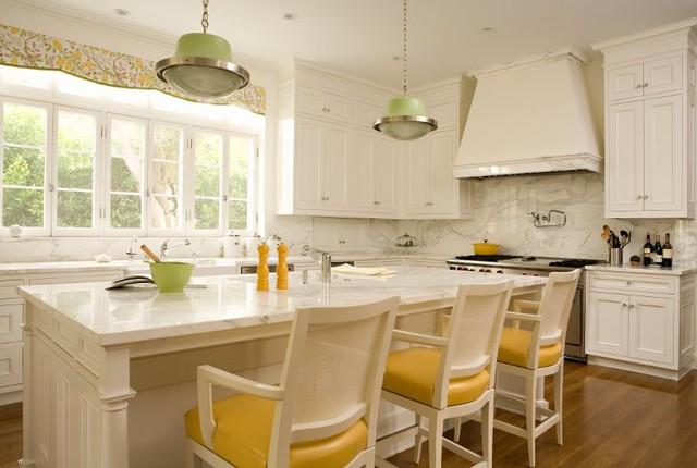 Brentwood Regency Estate  kitchen
