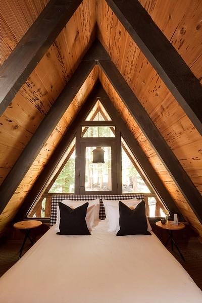 Homewood modern bedroom