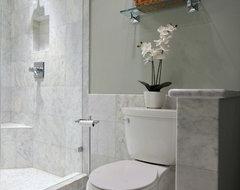 Should Bathroom Walls Be Tiled Halfway Up In A Large Bathroom