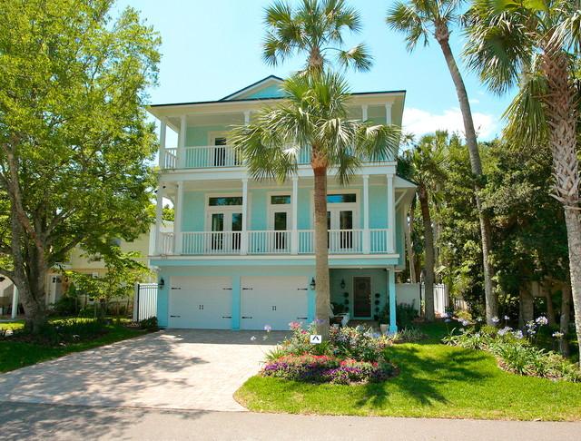 Florida Cottage tropical exterior