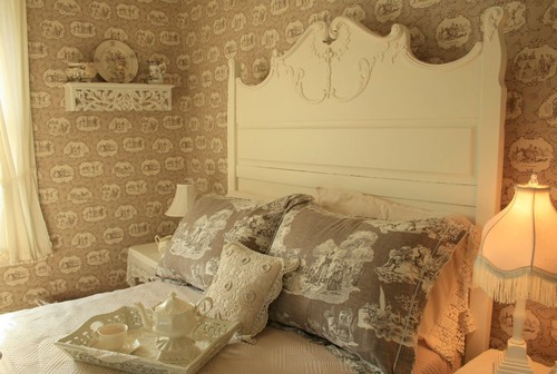 A Joyful Cottage Girl Meets Toile De Jouy 16 Master