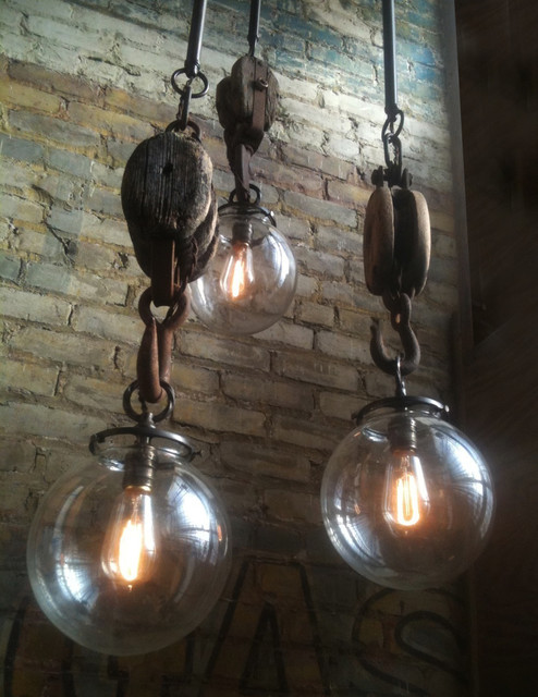 Omega Pendant Light