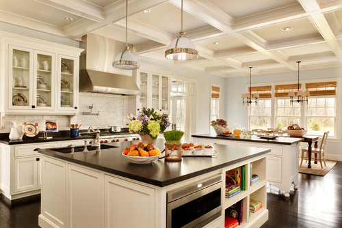 Decorator's White kitchen cabinets