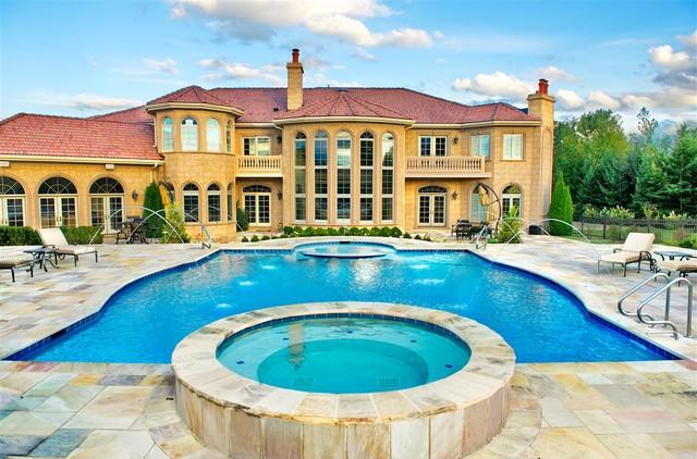 Swimming Pools Chicago: Platinum Pools - Bannockburn, IL mediterranean pool