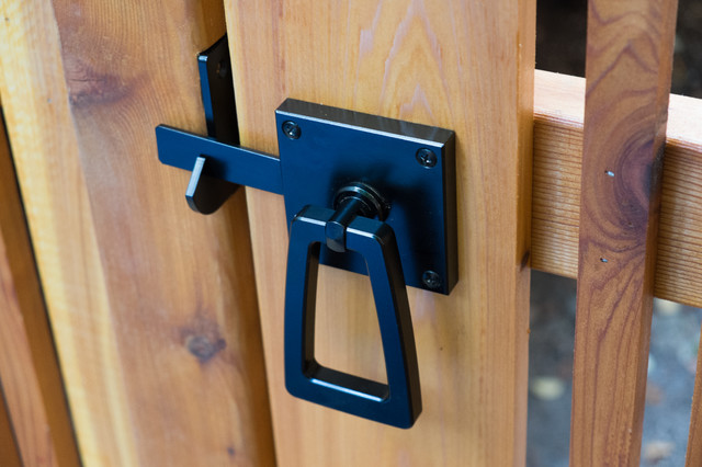 Modern Ring Gate Latch With Tapered Handle In Stainless