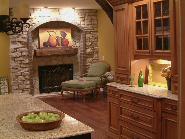 Kitchen Fireplace Traditional Detroit Wilson