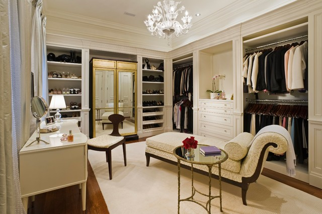 traditional closet by Taylor Hannah Architect Inc
