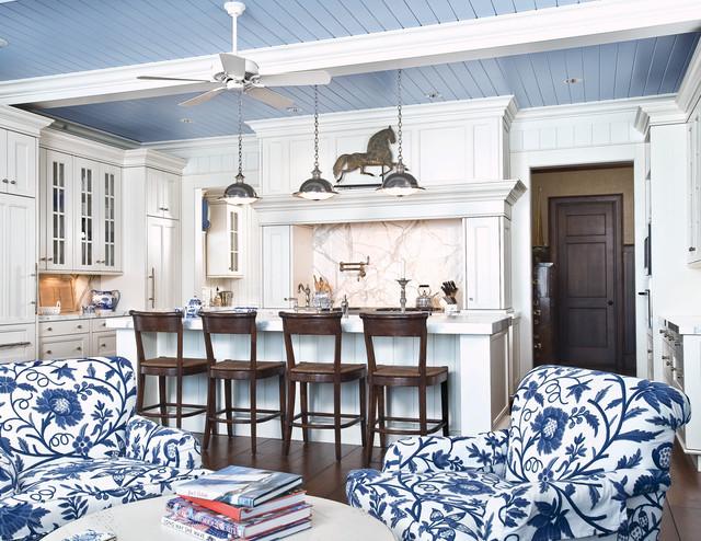 Wm Ohs Hampton Classics traditional kitchen