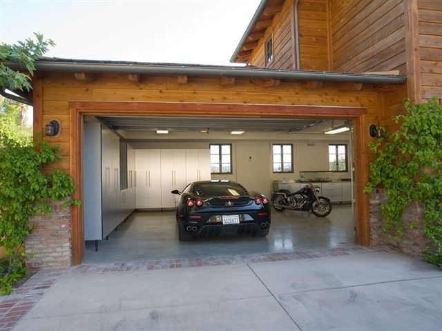 Outdoor Garage Decor