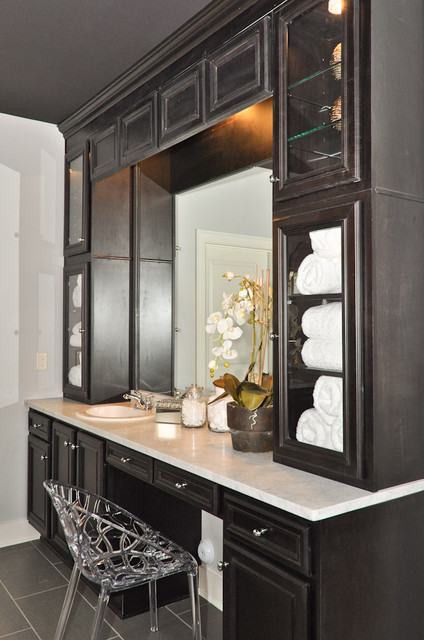 Makeup Vanities Lighted Mirrors