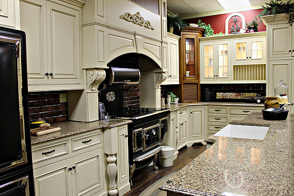 ... Kitchen Cabinets - Farmhouse - Kitchen - ottawa - by Amish Kitchen
