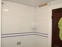 subway tile with bullnose or chair rail