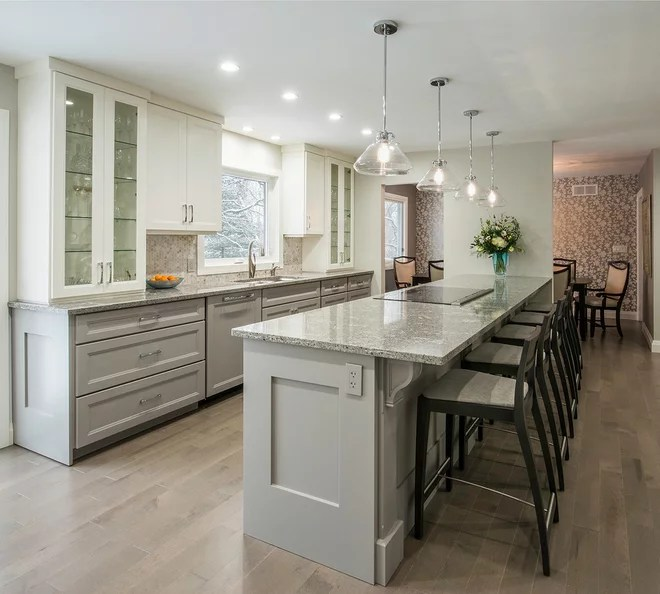 Transitional Kitchen by Tobi Brockway Interiors Inc.