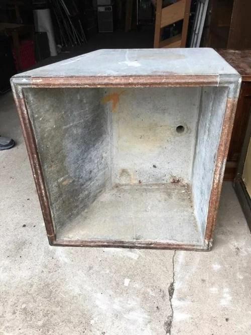 need help identifying soapstone sink