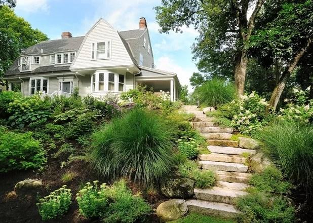 Contemporary Landscape by Sallie Hill Design, LLC
