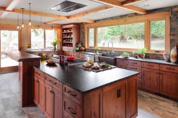 Rustic Kitchen by Sheila Mayden Interiors