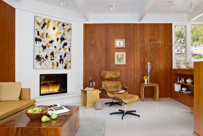 Midcentury Living Room by Studio Schicketanz