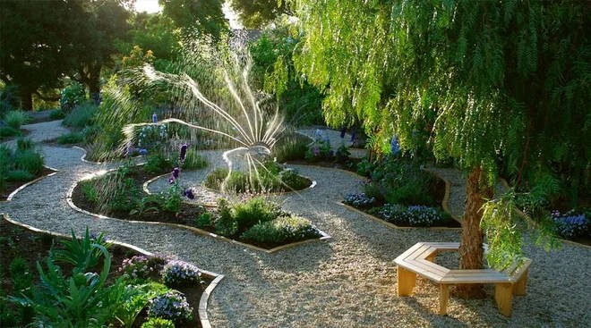 Transitional Landscape by Margie Grace - Grace Design Associates
