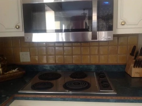 clearance between gas stove top and