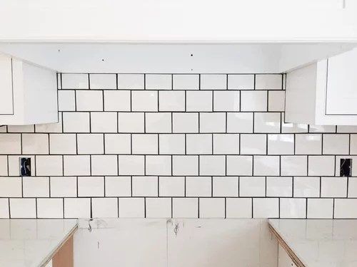 subway tile with dark grout