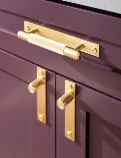 How To Mix And Match Your Kitchen Cabinet Hardware Wish