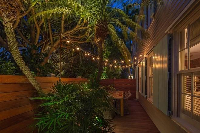 Tropical Landscape by Craig Reynolds Landscape Architecture
