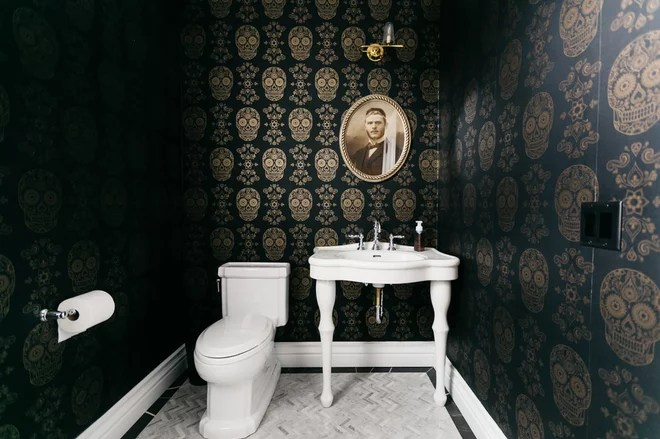 Traditional Powder Room by WilliamsCraig