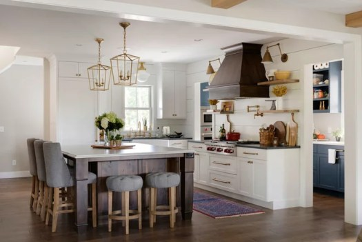 Farmhouse Kitchen by Mingle