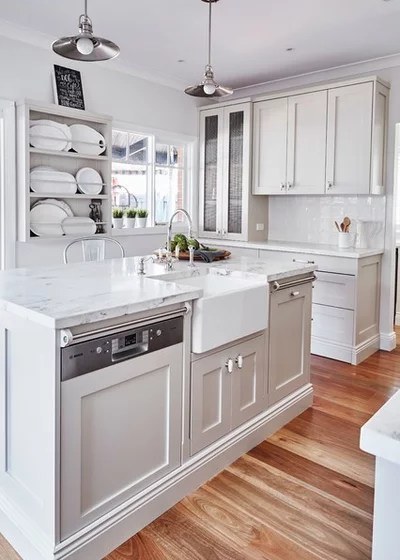 Traditional Kitchen by Provincial Kitchens