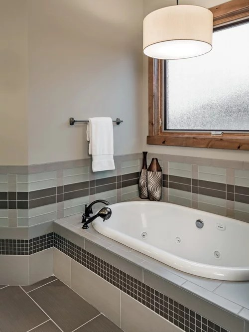 Best Tile Tub Deck Design Ideas Amp Remodel Pictures Houzz