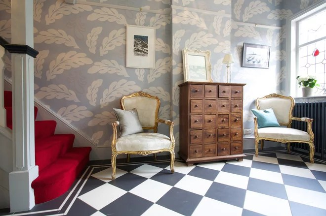Eclectic Hall by Amanda Neilson Interiors