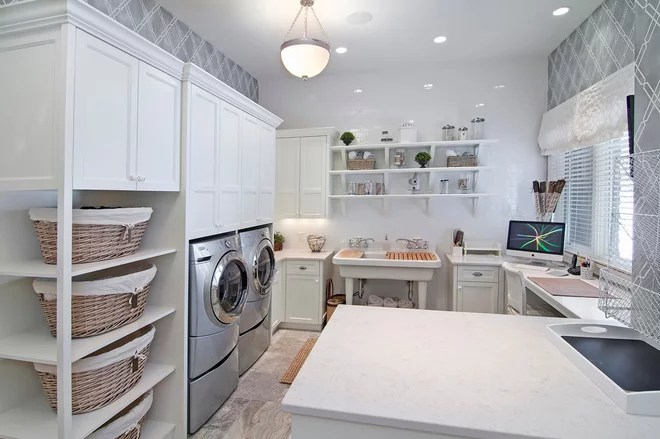 Traditional Laundry Room by 360-Vip Photography