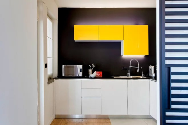 Contemporary Kitchen by antonio perrone architetto