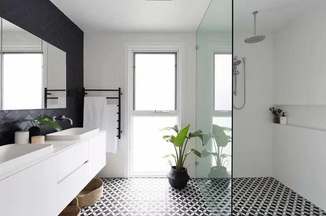 Contemporary Bathroom by John Deuchrass Architects