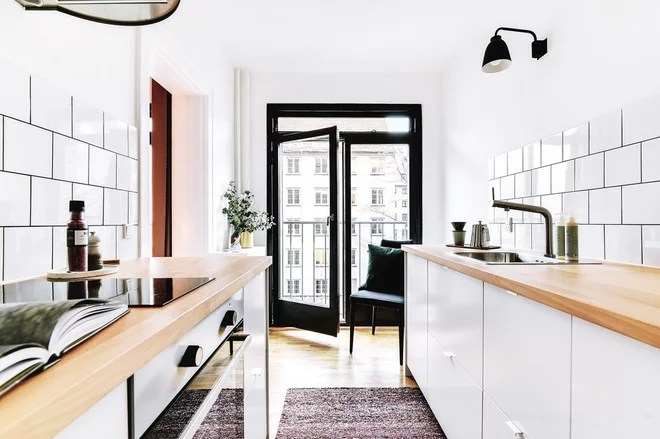 Scandinavian Kitchen by HUBSTAY Boligstyling